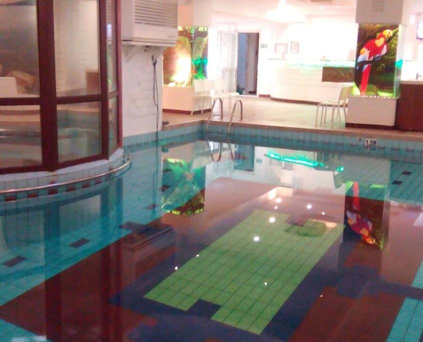aqua-sport-persepolis-piscina